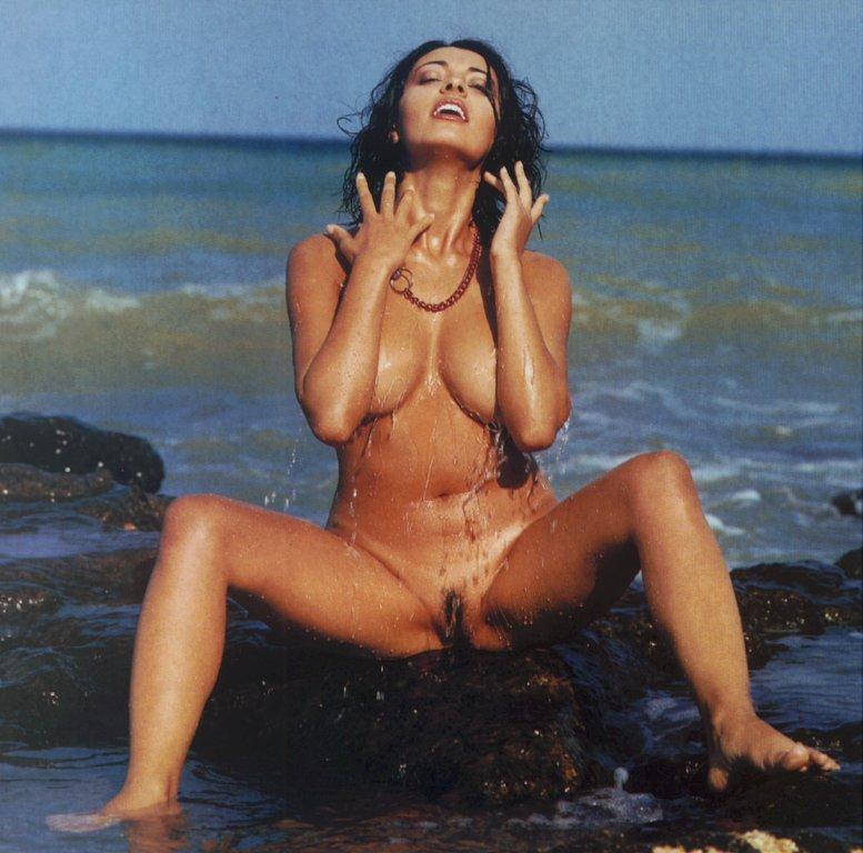 nude essex women uk